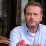 Oszukane (2013), Artur Żmijewski | Licencja: TVN
